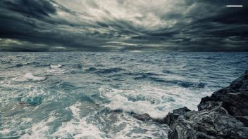storm-sea-sky